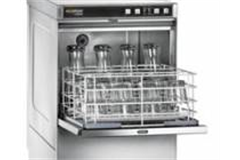 undercounter glass washer with glasses